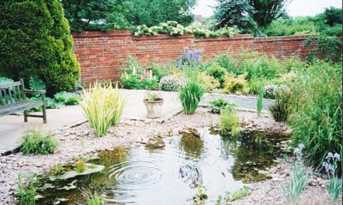 Landscape garden design nottingham for Garden design nottingham