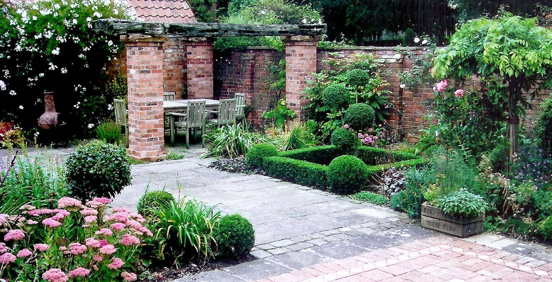 Woodland landscapes ecological garden designer for Garden design nottingham